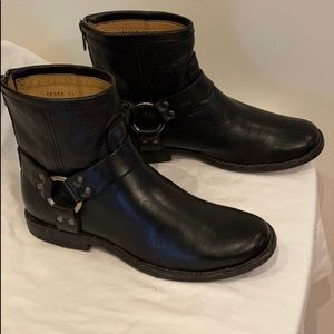 FRYE | Phillip Harness Black Boots